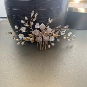 Gold & antique gold Flower Bridal comb
